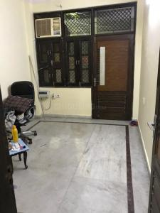 Gallery Cover Image of 750 Sq.ft 2 BHK Independent Floor for buy in Pitampura for 9000000