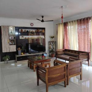Gallery Cover Image of 1983 Sq.ft 3 BHK Apartment for rent in Puravankara Whitehall, Harlur for 50000