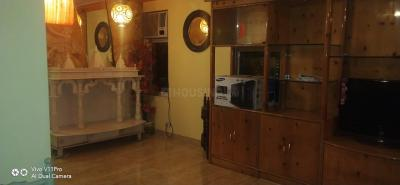 Gallery Cover Image of 890 Sq.ft 2 BHK Apartment for rent in Kandivali East for 38000
