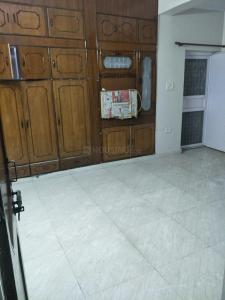 Gallery Cover Image of 2000 Sq.ft 3 BHK Independent Floor for rent in Tilak Nagar for 24000