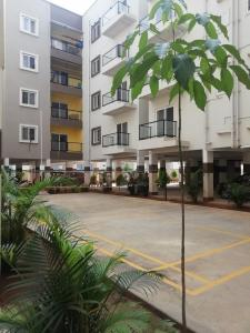 Gallery Cover Image of 1142 Sq.ft 2 BHK Apartment for buy in Electronic City for 4540000
