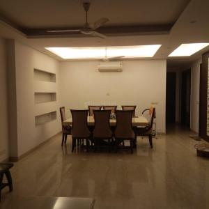 Gallery Cover Image of 1800 Sq.ft 3 BHK Independent Floor for rent in Jangpura for 110000