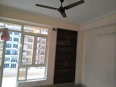 Gallery Cover Image of 955 Sq.ft 2 BHK Apartment for rent in Noida Extension for 6500