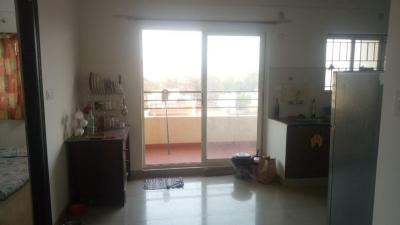Gallery Cover Image of 1000 Sq.ft 2 BHK Apartment for rent in Kumari Brundavan, Halanayakanahalli for 16500