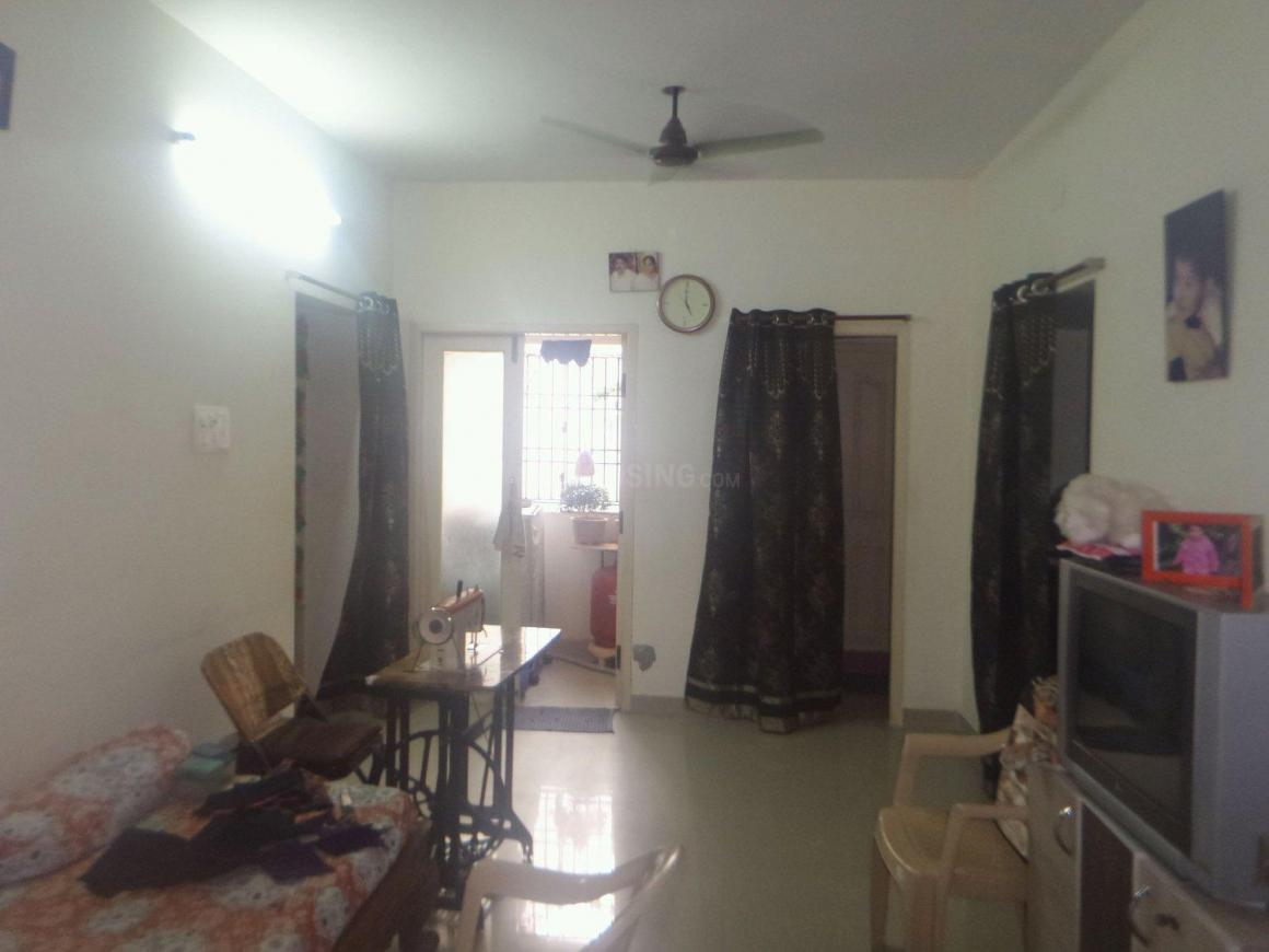 Living Room Image of 976 Sq.ft 3 BHK Apartment for rent in Ambattur for 14500