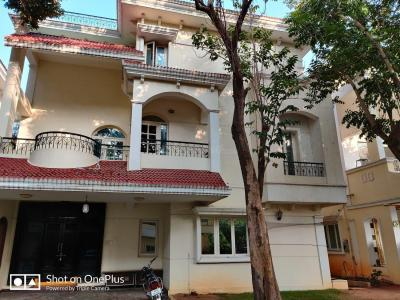 Gallery Cover Image of 4500 Sq.ft 4 BHK Independent House for buy in Kondapur for 45000000