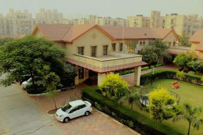 Gallery Cover Image of 1459 Sq.ft 3 BHK Apartment for rent in Sector 82 for 13500