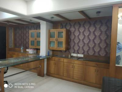 Gallery Cover Image of 825 Sq.ft 2 BHK Apartment for buy in RSN Vaibhav Heights, Santacruz East for 18300000