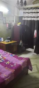 Gallery Cover Image of 500 Sq.ft 1 BHK Independent Floor for rent in Shahdara for 9000