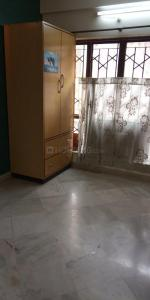 Gallery Cover Image of 1350 Sq.ft 3 BHK Apartment for rent in Tollygunge for 26000