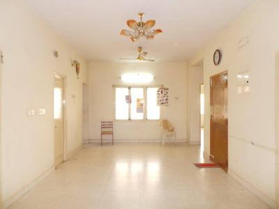 Gallery Cover Image of 1650 Sq.ft 3 BHK Independent Floor for rent in Pallavaram for 20000