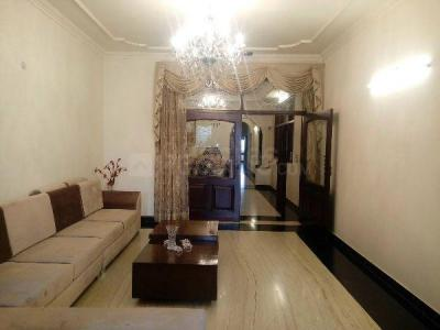 Gallery Cover Image of 2700 Sq.ft 4 BHK Independent Floor for buy in Paschim Vihar for 37500000