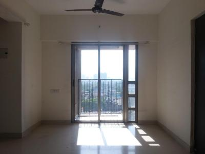 Gallery Cover Image of 760 Sq.ft 1.5 BHK Apartment for rent in Thane West for 18000