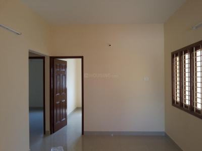 Gallery Cover Image of 800 Sq.ft 2 BHK Apartment for rent in Virugambakkam for 18000