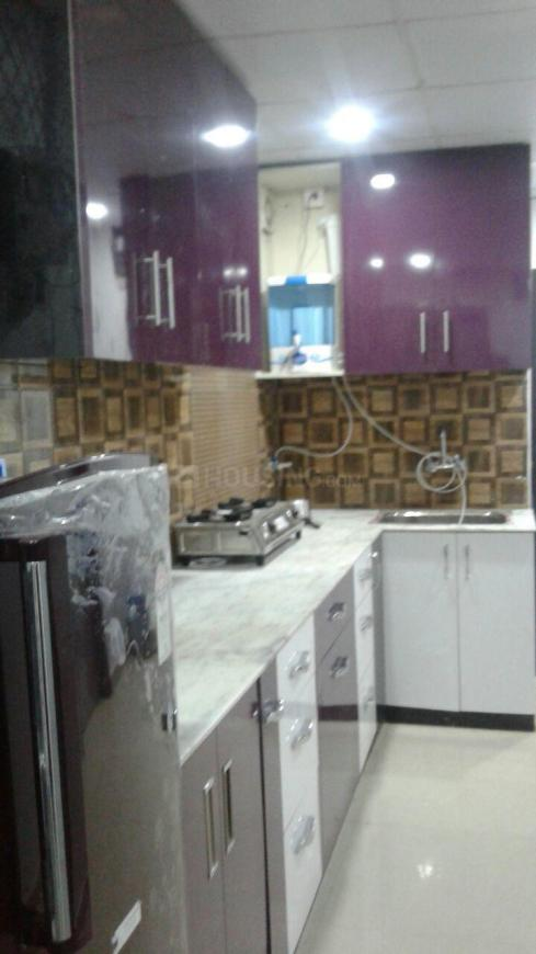 Kitchen Image of Tripathi Balaji Girls PG in Laxmi Nagar