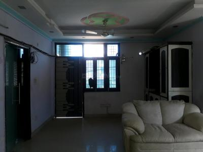 Gallery Cover Image of 1400 Sq.ft 2 BHK Apartment for rent in sector 73 for 15000