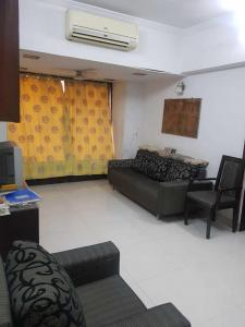 Gallery Cover Image of 450 Sq.ft 1 RK Apartment for rent in Vile Parle West for 33000