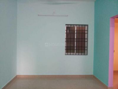 Gallery Cover Image of 560 Sq.ft 1 BHK Apartment for rent in Manapakkam for 8500