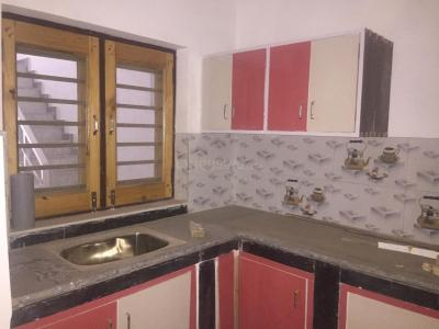 Gallery Cover Image of 900 Sq.ft 3 BHK Independent House for rent in Sector 19 for 13000