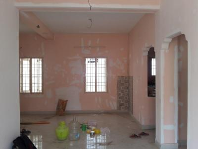 Gallery Cover Image of 1000 Sq.ft 2.5 BHK Apartment for rent in Valasaravakkam for 15000
