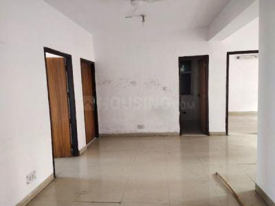 Gallery Cover Image of 1800 Sq.ft 3 BHK Apartment for rent in Mukherjee Nagar for 36000
