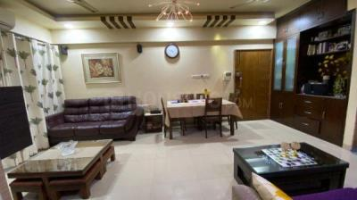 Gallery Cover Image of 1150 Sq.ft 2 BHK Apartment for buy in Lodha Paradise, Thane West for 13000000