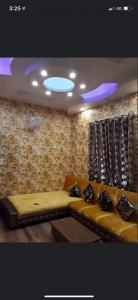 Gallery Cover Image of 1000 Sq.ft 4 BHK Independent House for buy in Malsi for 8000000