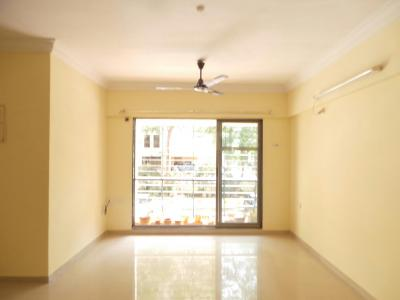 Gallery Cover Image of 520 Sq.ft 1 BHK Apartment for rent in Kandivali East for 26000