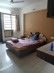 Gallery Cover Image of 1885 Sq.ft 3 BHK Apartment for rent in Safal Parisar 2, Bopal for 35001