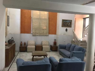 Gallery Cover Image of 3500 Sq.ft 5 BHK Villa for rent in Vastrapur for 100000