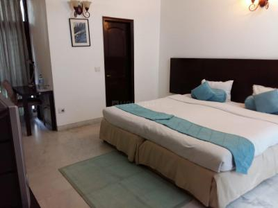 Gallery Cover Image of 4500 Sq.ft 4 BHK Independent Floor for rent in C Block RWA Kailash Colony, Greater Kailash I for 80000
