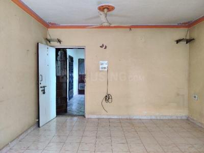 Gallery Cover Image of 880 Sq.ft 2 BHK Apartment for rent in Hilton Plaza, Vasai East for 10500