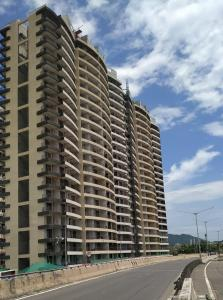 Gallery Cover Image of 775 Sq.ft 2 BHK Apartment for buy in Centrio, Govandi for 17000000