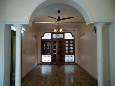 Gallery Cover Image of 800 Sq.ft 1 BHK Independent Floor for buy in Paschim Vihar for 8000000
