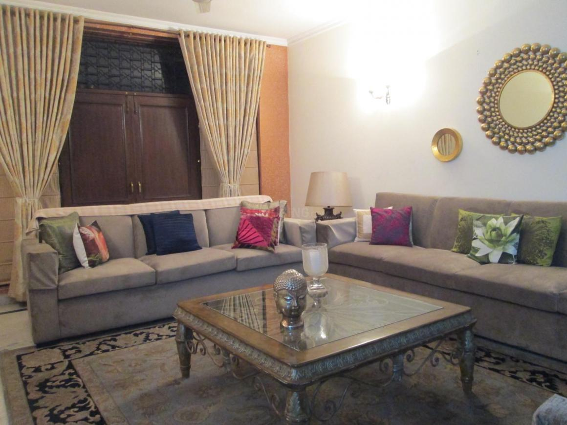Living Room Image of 900 Sq.ft 2 BHK Independent Floor for rent in Lajpat Nagar for 45000