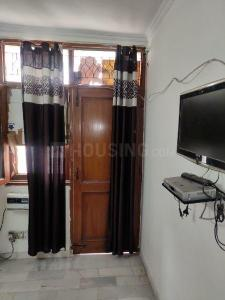 Gallery Cover Image of 900 Sq.ft 2 BHK Independent Floor for rent in Sheikh Sarai for 17000