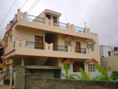 Gallery Cover Image of 1300 Sq.ft 2 BHK Independent House for rent in Bommanahalli for 17500