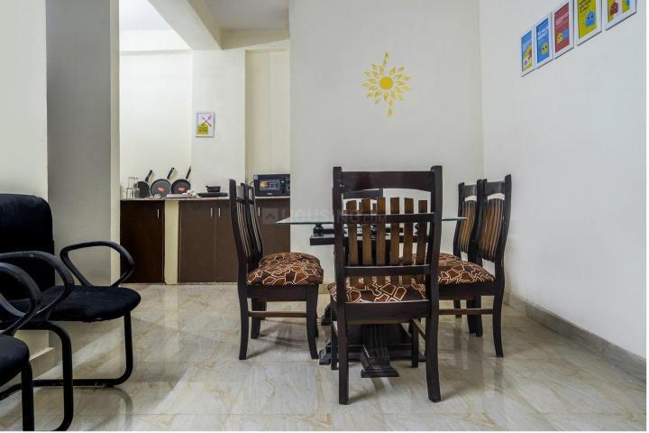 Living Room Image of Oyo Life Del2203 Uttam Nagar in Bindapur
