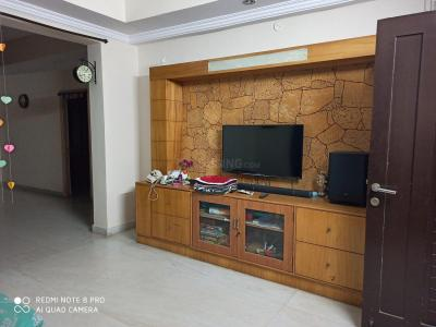 Gallery Cover Image of 2200 Sq.ft 3 BHK Apartment for rent in Kondapur for 30000