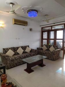 Gallery Cover Image of 1800 Sq.ft 3 BHK Apartment for rent in Sector 11 Dwarka for 38000