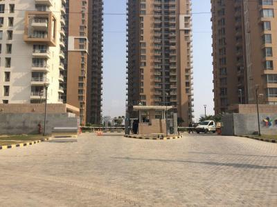 Gallery Cover Image of 250 Sq.ft 1 BHK Apartment for rent in Pioneer Park PH 1, Sector 61 for 14000