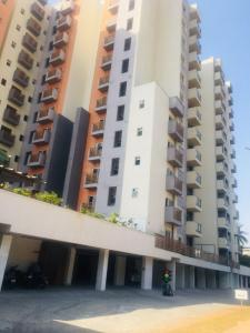 Gallery Cover Image of 1440 Sq.ft 3 BHK Apartment for buy in Yeshwanthpur for 9800000