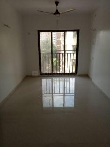 Gallery Cover Image of 525 Sq.ft 1 BHK Apartment for rent in Parel for 33000