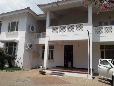 Gallery Cover Image of 3900 Sq.ft 4 BHK Villa for rent in Velachery for 55000