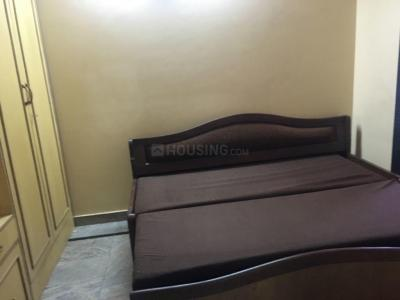 Gallery Cover Image of 900 Sq.ft 2 BHK Apartment for rent in Malad East for 35000