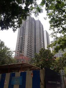 Gallery Cover Image of 2008 Sq.ft 3 BHK Apartment for buy in Kalpataru Radiance, Goregaon West for 42200000