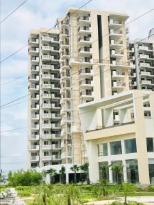 Gallery Cover Image of 1190 Sq.ft 2 BHK Apartment for buy in Sector 68 for 7400000