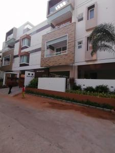 Gallery Cover Image of 1313 Sq.ft 3 BHK Apartment for buy in Kottivakkam for 16962000