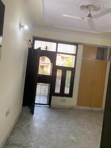 Gallery Cover Image of 1100 Sq.ft 3 BHK Independent Floor for rent in Vasundhara for 14500