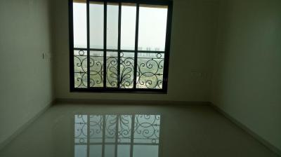 Gallery Cover Image of 380 Sq.ft 1 RK Apartment for rent in Mayfair Hillcrest, Vikhroli West for 26500